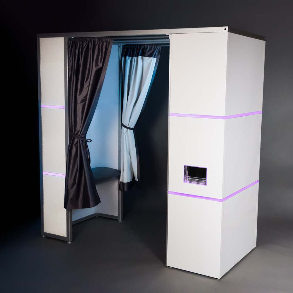 Traditional Photo Booth - Modern Style
